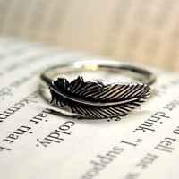 Silver Feather Ring Size 6 by DesignedIdentity on Etsy