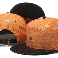 Perfect LV Snapbacks hats Women Men Embroidery Sports Sun Hat Baseball Cap Hat