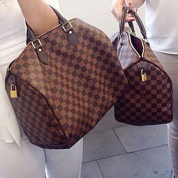 LV Louis Vuitton shopping bag handbag shoulder bag travel bag
