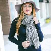 Double sided houndstooth blanket scarf