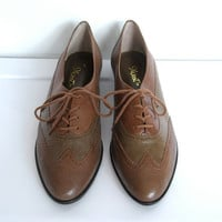 Womens Vintage 1980s / 9 West Brown Leather Oxfords / Wingtip Brogues / Size 10