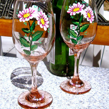 Hand Painted Pink Wine Glasses With Wine Glass Charms, Hand Painted Wine Glasses, Painted Wine Glasses, Unique Gifts, Gifts For Her
