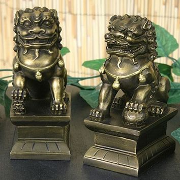 Small Pair of Asian Foo-Dogs (Fu Dogs), Male and Female 6.75H