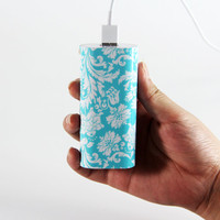Vibrant damask Blue and White Style Light Weight Portable Power Bank Charger for iPhone and Samsung Android