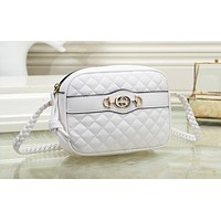 GUCCI fashionable solid color ribbed shoulder bag hot seller of casual ladies shopping bag White