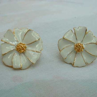 White Enamel Gilt Floral Earrings Post Style Daisy  Flower Yellow Centers Vintage Jewelry