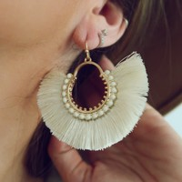 Don't Let Go Earrings: Ivory/Gold