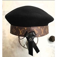 """Louis Vutitton"" tide fashion women's wild leather alphabet logo artist hat F"