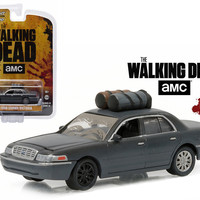 """The Governor\'s 2001 Ford Crown Victoria (Dusty) \The Walking Dead\"""" TV Series (2010-Current) 1/64 Diecast Model Car by Greenlight"""""""