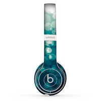 The Green Unfocused Orbs Of Light Skin Set for the Beats by Dre Solo 2 Wireless Headphones