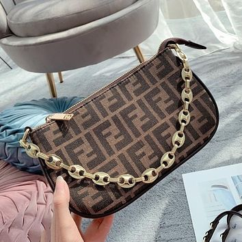 Fendi Fashion Mahjong Bag Underarm Bag Shoulder Messenger Chain Bag
