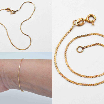 Vintage 14K Yellow Gold Chain Bracelet, Serpentine Chain, Fine Gold, Delicate, Feminine,  7 Inches Long, Layering, So Nice! #c489