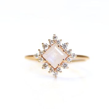 Rose Gold Rainbow Moonstone & Diamond Snow White Ring