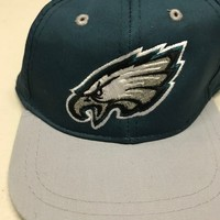 PHILADELPHIA EAGLES INFANT GREEN AND GRAY EMBROIDERED LOGO HAT SHIPPING