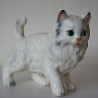 "Lefton China Porcelian Figurine Vintage 1950's ""White Persian Kitten"" No. H6364"