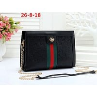 GUCCI 2019 new rhombic pattern female chain small square bag Messenger bag Black