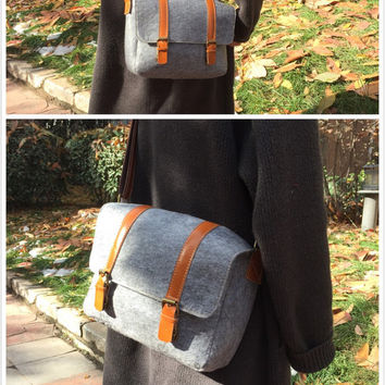 Sale/Digital camera bag /Backpack/Leather Messenger Bag/ water-proof felt photographer's bag / Retro Handbag / grey Satchel08