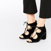 Oasis Lace Up Block Heeled Sandal in Suede