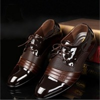 FeelinGirl Vintage PU Leather Business Shoes Men Classic Shoes Men Casual Leather Oxfords Men Dress Shoes