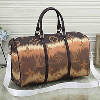 LV Louis Vuitton New Gradient Color Letter Printing Large Capacity Luggage Bag Travel Bag