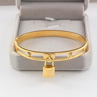 LV Louis Vuitton Trending Women Men Stylish Lock Hollow Stainless Steel Bracelet Jewelry Golden I-HLYS-SP