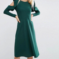 Round Neck Ruffle Shoulder Slim Midi Dresss B0014003