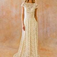 Ivory Lace Bohemian BACKLESS WEDDING GOWN. simple and elegant wedding dress with open back and pockets so elegant. Cap sleeves. Ivory Lace