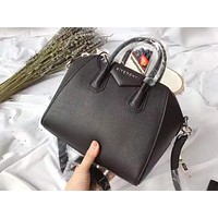 Givenchy fashion sells casual ladies' shopping single-shoulder bag in pure color Black