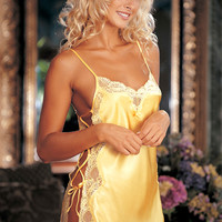 Trashy.com - Lingerie - panties - hosiery - swimsuit models - sexy lingerie - Satin & Lace Chemise