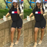 TOMMY HILFIGER Classic Hot Sale Women Casual Print Short Sleeve Top Shorts Set Two Piece