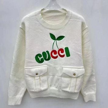 GUCCI Embroidered double pocket top design round neck versatile aging top