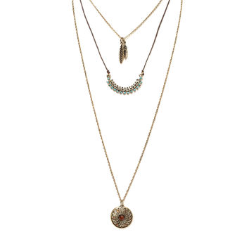 Catching Love Layered Necklace Set in Gold