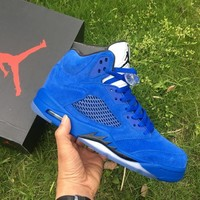 Air Jordan Retro 5 V Raging Bull Red Suede Tongue Reflect Basketball Shoes Retro 5s Bull Blue Sneakers Shoes With Shoes Box