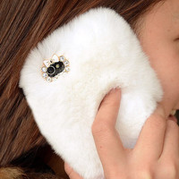 Handmade White Furry Case for iPhone 5
