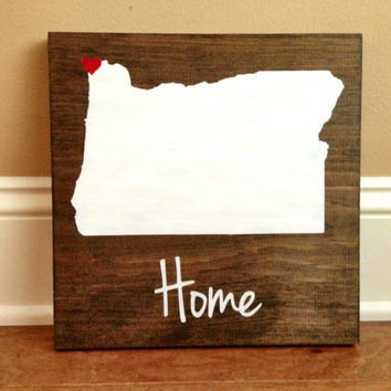 Pick Colors, Oregon Wood Sign, Custom Oregon State Sign, Stained, Hand Painted, Personalize, Oregon decor