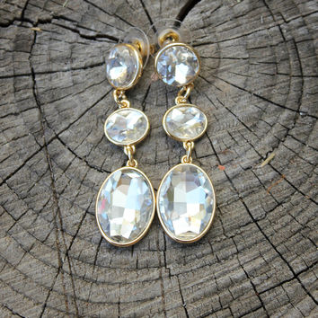 Just Right Earrings - Clear