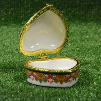 Vintage Box for Jewelry Painted Porcelain Gilded Mountings, Mini French Box, Heart Shaped,