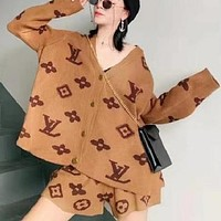 LV Louis Vuitton Hot Sale New Women's Print Presby Knit Cardigan + Shorts Set
