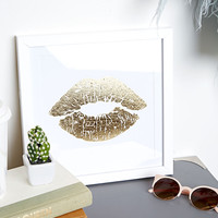 Metallic Lip Wall Decor