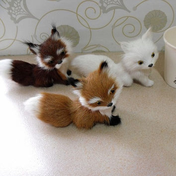 1 X Small Fake Artificial Fox Goat Fur Realistic Imitation Home Decor Gift 13cm = 1932475780