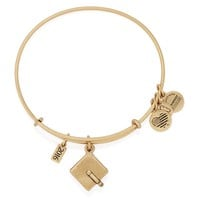 2016 Graduation Cap Charm Bangle