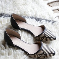 Amazing Pointy Toe Flat