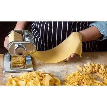 Stainless Steel Pasta Maker with Adjustable Thicknesses Settings
