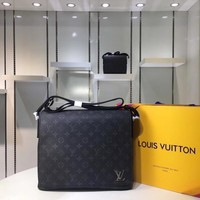 Kuyou Lv Louis Vuitton Fashion Women Men Gb29610 M44001 Monogram Eclipse Canvas Bags Messenger Bags District Mm 26x32x8cm
