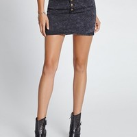 1981 Exposed Button-Front Miniskirt in Black Acid Wash | GUESS.com