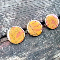 Three real leaf buttons - Colorful autumn leaf - Large round bronze buttons - Fall buttons - Botanical buttons - Sewing accessory - Set of 3