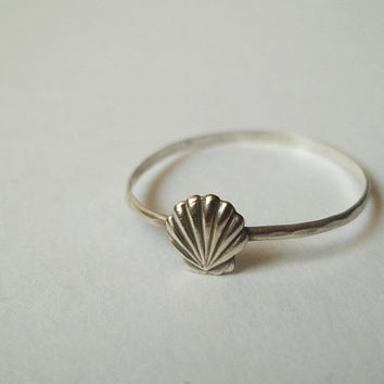 Silver Seashell Ring Hammered Sterling Silver Ring by fifthheaven