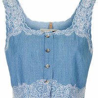MOTO Embroidered Crop Top