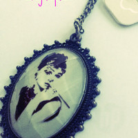 Audrey Hepburn Pendant Necklace Rare NWT Rare Find Oval Shaped Fast Shipping Look and See!!
