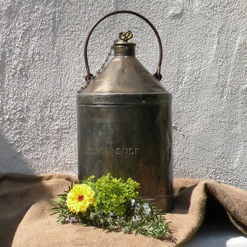 French vintage railway SNCF fuel oil can, railroad oil fuel can, industrial decor, shabby chic, French railway decor, rustic metal can